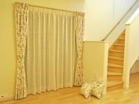 久木野工務店 ピンク 花刺繍 オーダーカーテン フランス 麻 レースカーテン