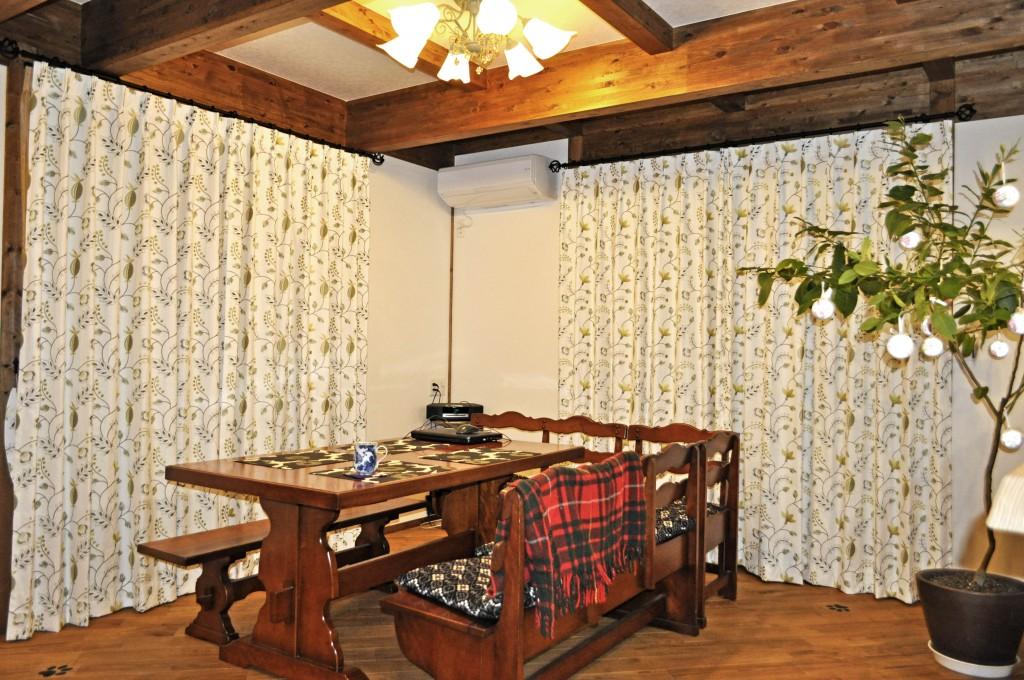 オリーブ色×植物柄 刺繍 オーダーカーテン PT社生地 大津市 サイエンスホーム