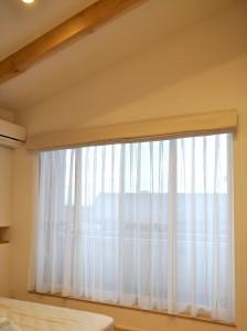 寝室のカーテン ベージュのシェード ナチュラル 守山市