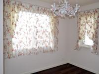 バラのレースカーテン アイアンレール ロマンチック エレガントな窓辺 三井ホーム