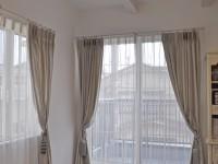 アンティークシャビーなエレガントスタイル 床に垂らすカーテン プラチナカラー