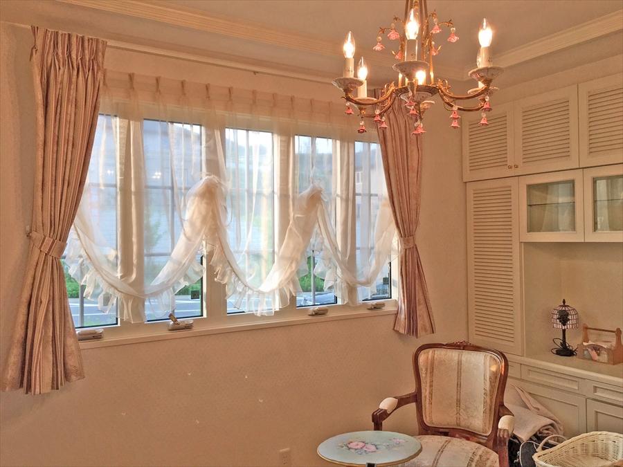 233.バルーンカーテンでエレガントな窓辺に 積水ハウス