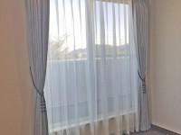273.スタイリッシュで上質な空間を演出してくれるカーテン