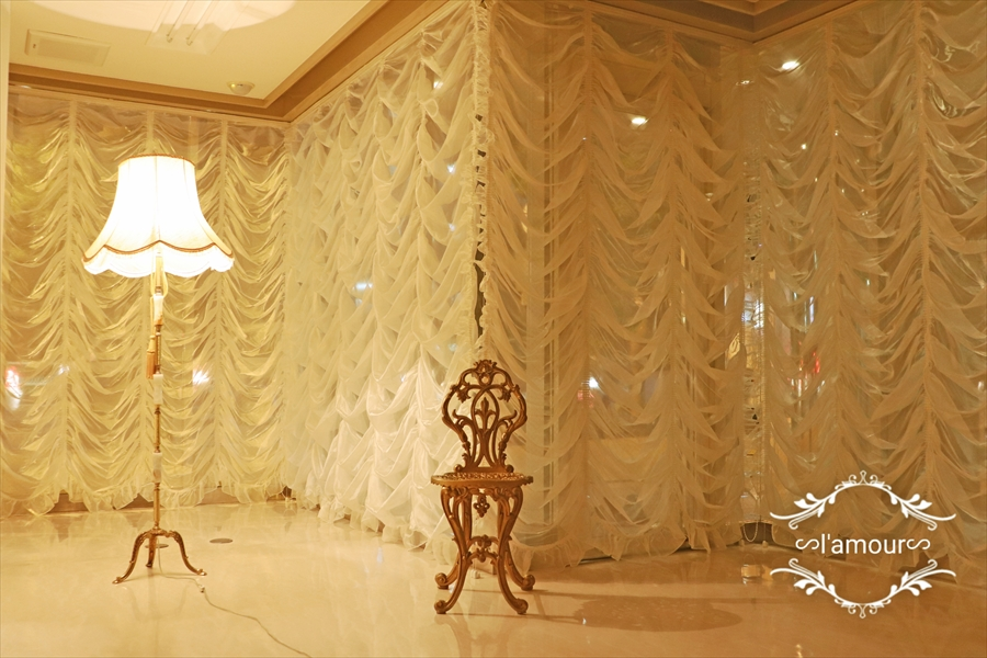 オーストリアンシェードで趣のある素敵な店舗に  Salon de L'amour/大阪市北区
