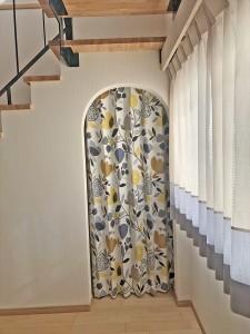 346.北欧カーテンらしいデザインで気分の上がるお部屋に   住宅工房ライブズ