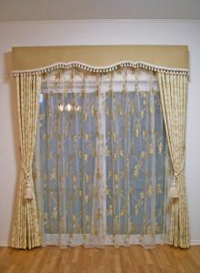 時代の流れに合わせてカーテンの掛け替えでイメージチェンジ