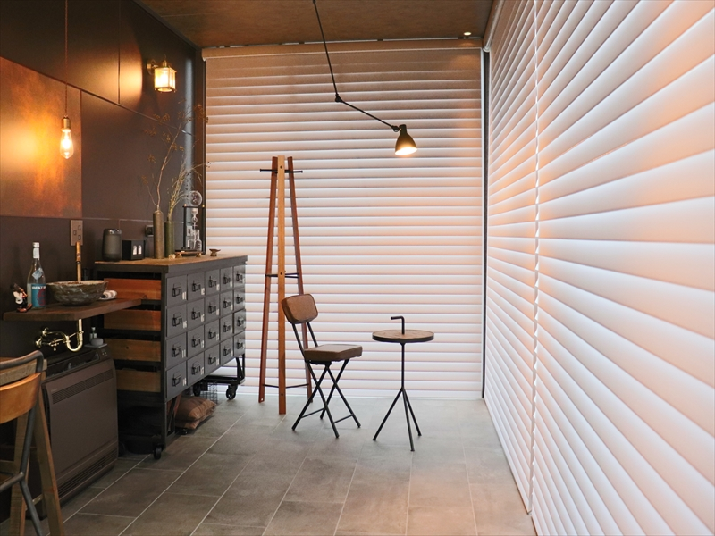 349.ハンターダグラスで洗練されたお部屋の雰囲気をよりスタイリッシュに